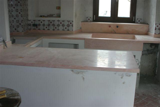 Cucine rosa elegant piano cucina e vasca lavandino in granito rosa with cucine rosa good zem - Marmo cucina prezzi ...